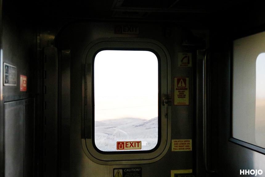 day18_amtrak_window_img76