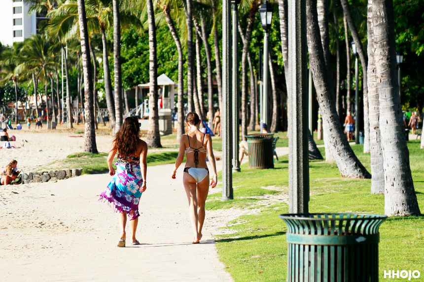 day2_waikiki_girls_img
