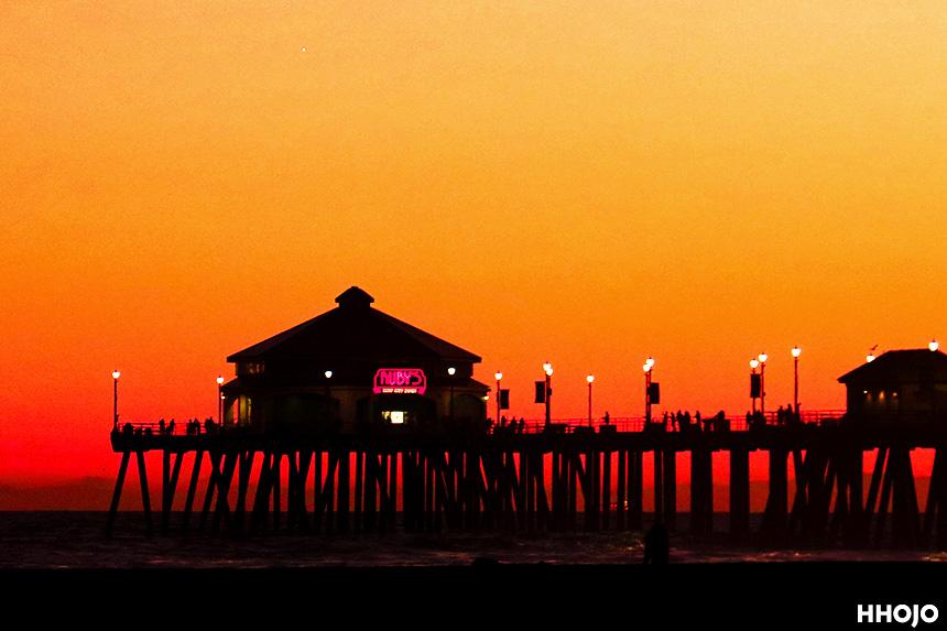 夕暮れのハンティントンビーチ画像