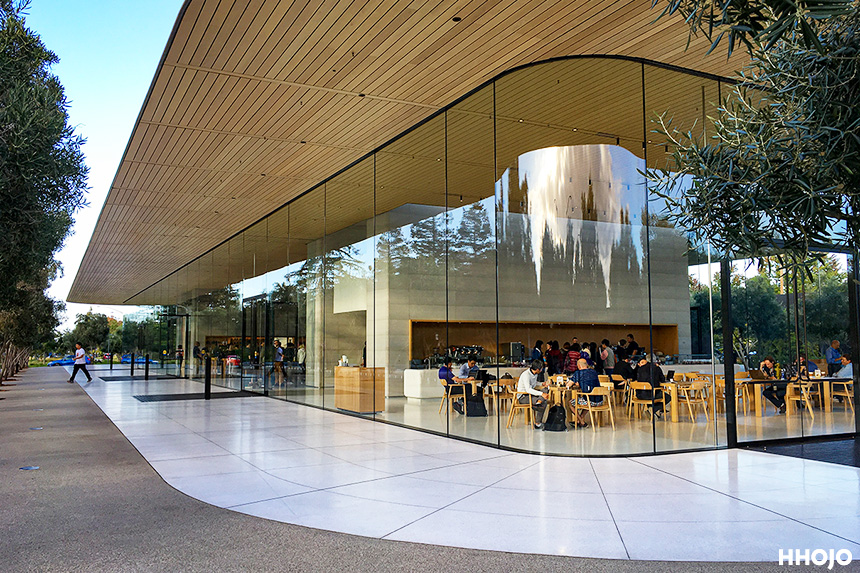 apple_hq_img25